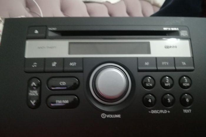 Panasonic sx4 oto radyo Cd Mp3 çalar